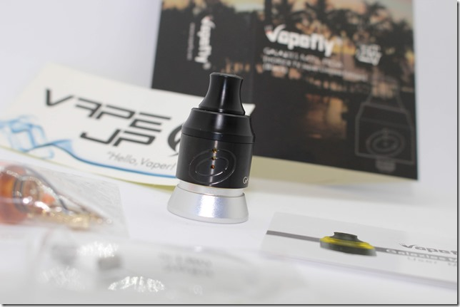 IMG 3065 thumb - 【レビュー】Vapefly GALAXIES MTL RDA 『HORICK TV Japan Limited Edition』(Black)(ベイプフライ ギャラクシーズ MTL RDA ホリックTV ジャパンリミテッド・エディション 22mm) 真っ黒でラグジュアリーに変貌した名作MTL