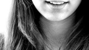 smile 122705 960 720 300x170 - 【TIPS】口コミはあてにならない!?上手に活用するポイント