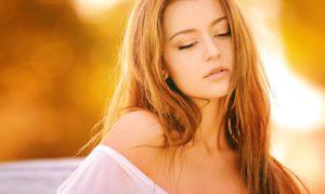 woman 1320810 960 720 300x179 - 【TIPS】電子タバコは髪にニオイがつく?つかない?対処方法とは?