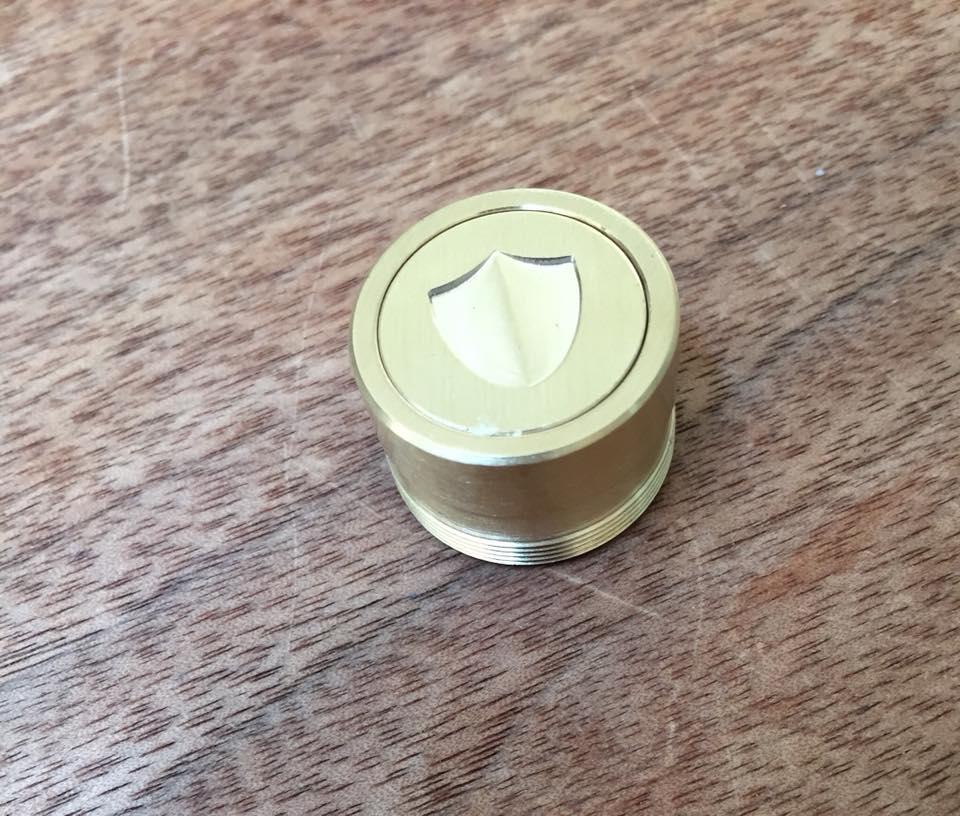 40376862 10209509827781029 3036028951802675200 n - 【レビュー】お値段以上のRDA/RDTA/TubeMod! THC Tauren Mechanical Mod(タウレンメカニカルMOD)!!コスパたかし。