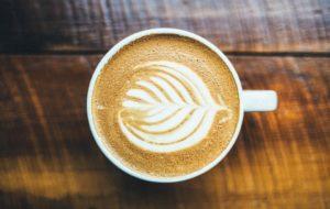 coffee 983955 960 720 300x190 - 【TIPS】インスタ映え!?カフェと電子タバコは相性が良いって本当?