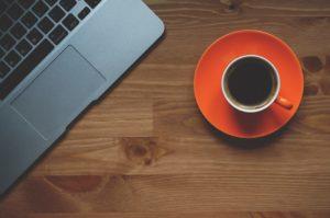 cup of coffee 1280537 960 720 300x199 - 【TIPS】電子タバコをメルカリで売ることは可能?出品のポイント