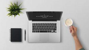 laptop 1209008 960 720 300x169 - 【TIPS】電子タバコをメルカリで売ることは可能?出品のポイント