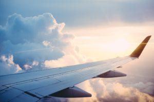 plane 841441 960 720 1 300x199 - 【TIPS】機内のトイレで電子タバコを使用することはNG?罰則はある?