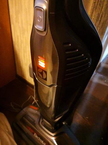 IMG 20180910 042105 thumb - 【レビュー】「エレクトロラックス・コードレス ハンディ スティック掃除機 (タングステン) エルゴラピード・リチウム electrolux」家中掃除できる!ワイヤレスで軽快な2in1ハンディクリーナー掃除機。世界で1000万台以上売れた掃除機 スウェーデン発の100年ブランド