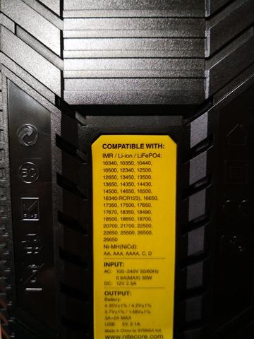 IMG 20180912 121233 thumb - 【レビュー】「Nitecore Superb Charger SC2」バッテリーチャージャーレビュー。最大3Aの2スロット充電器!少し大きいが携帯して旅行にも持っていける。