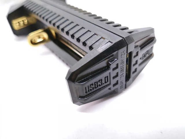 IMG 20180926 140014 thumb - 【レビュー】NITECORE F2 Flex 2-Port Outdoor Charger with USB Ports(ナイトコアエフツー)レビュー。USB充放電可能&持ち運び可能&入れ替え可能なモバイルバッテリー。アウトドアや旅行に