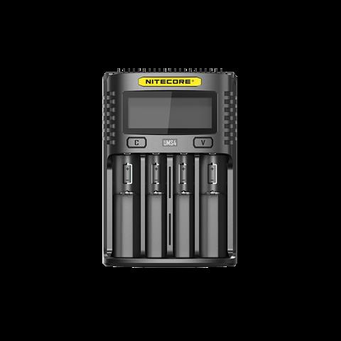 201810171422135064 thumb 1 - 【レビュー】Nitecore UM2/UMS2/UM4/UMS4バッテリーチャージャー(充電器)レビュー。最大3A急速充電対応ナイトコアの普及価格帯コスパ充電器。リチウムマンガンバッテリー最強
