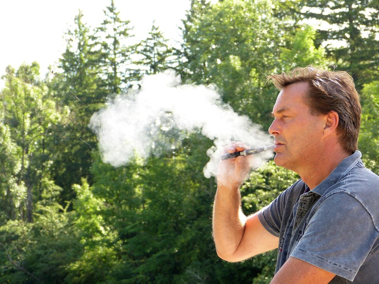 a7b6fe49c14e7d2a94bda9cb7f19c191 - 【TIPS】Ploomtech/IQOS/glo 加熱式タバコは本当に危険か?ハームリダクションに広がり