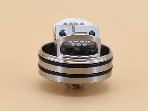 oDSC 5376 - 【レビュー】奇抜なデッキデザインには大きな意味があった!見た目も洒落てる楽チンRDA LOOP V1.5 RDA by Geekvape