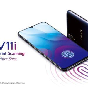 v11 productKV 300x300 - 【ニュース】ソフトバンクが全国的に通信障害!アメリカ陰謀説は本当か?