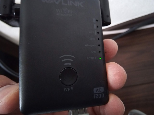 IMG 20181126 114727 thumb 1 - 【レビュー】「Wavlink 11ac/n/a/g/b無線LAN中継器」予想以上に使える激安Wi-Fiエクステンダー!有線LANポート2つで802.11 ac/b/g/n/aに対応して最大1200Mbps。家中に無線LANを飛ばそう【iPhone X/XS/XR/XS MaX対応】