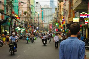 city street 1246870 1920 300x200 - 【ニュース】11月11日は何の日だった?独身の日でアリババ最高益達成に見る中国の今