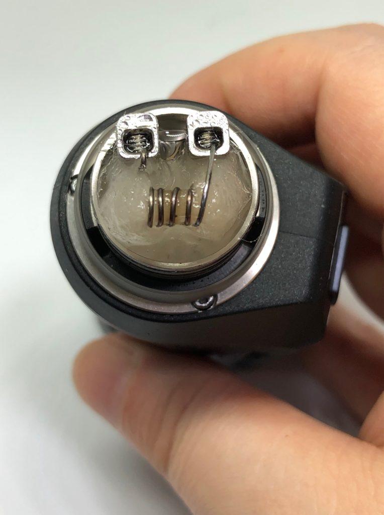 IMG 6586 764x1024 - 【レビュー】Geep vape AEGIS MINI RDA KIT、こんなMODがあったの!?今更だけど早く教えてよ!!バッテリー内蔵、耐衝撃、防水防塵!!味も良くっておまけにコンパクトなギークベイプのVAPE完成形スターターキット!!