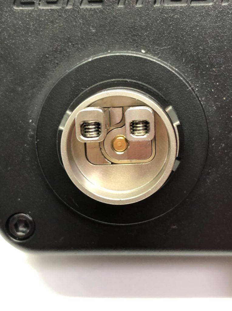 image1 2 764x1024 - 【レビュー】Geep vape AEGIS MINI RDA KIT、こんなMODがあったの!?今更だけど早く教えてよ!!バッテリー内蔵、耐衝撃、防水防塵!!味も良くっておまけにコンパクトなギークベイプのVAPE完成形スターターキット!!