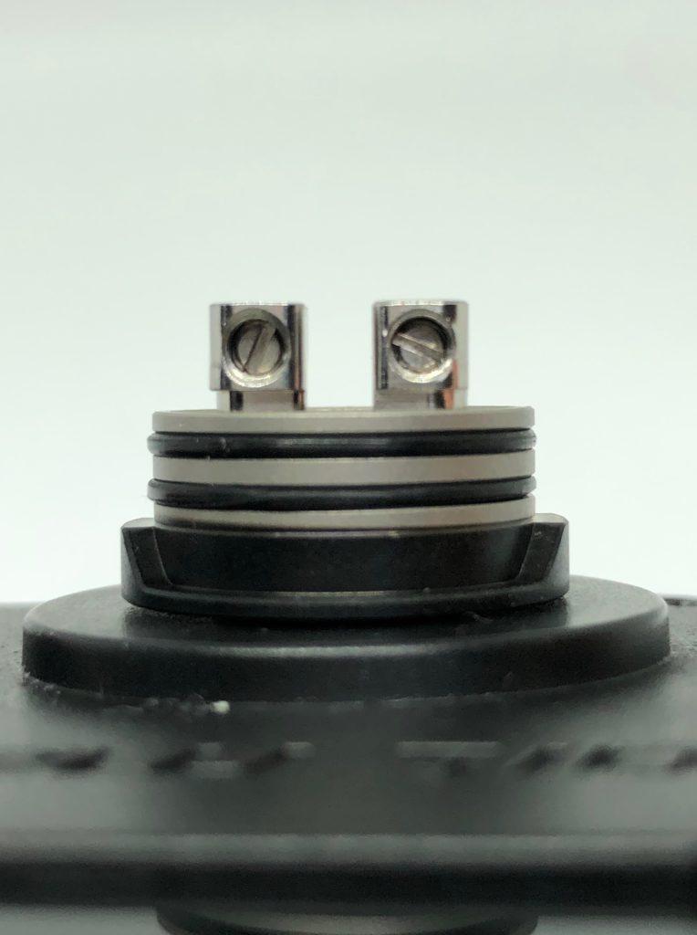 image2 2 764x1024 - 【レビュー】Geep vape AEGIS MINI RDA KIT、こんなMODがあったの!?今更だけど早く教えてよ!!バッテリー内蔵、耐衝撃、防水防塵!!味も良くっておまけにコンパクトなギークベイプのVAPE完成形スターターキット!!