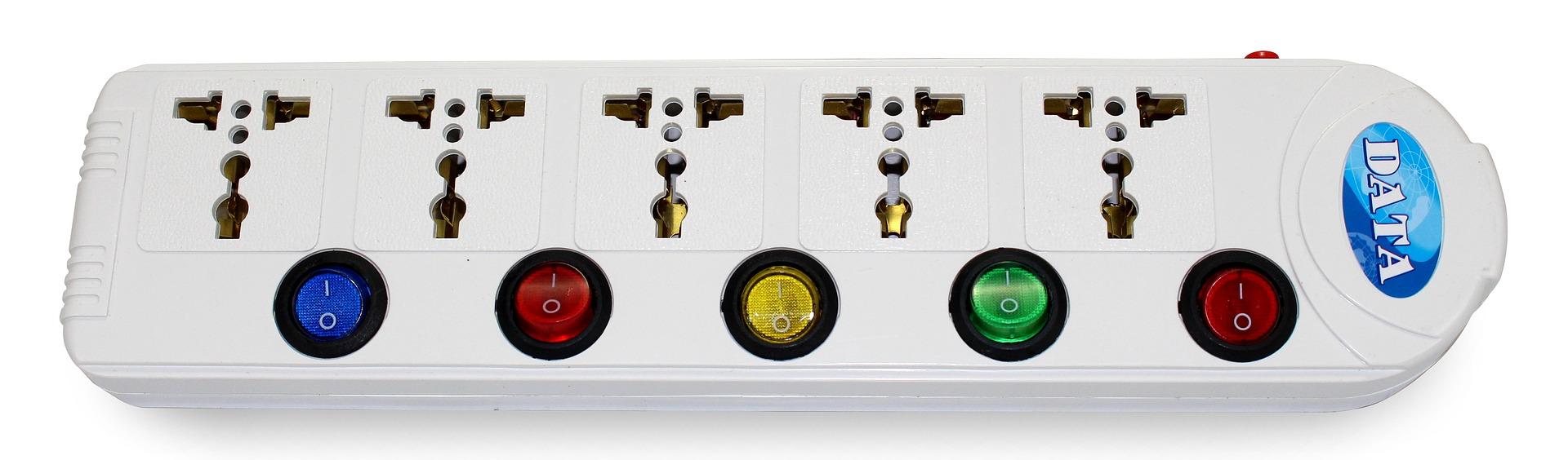 power plug 2802657 1920 - 【レビュー】世界対応マルチ変換プラグNIERBO TP40と一緒なら行けない国はない!?