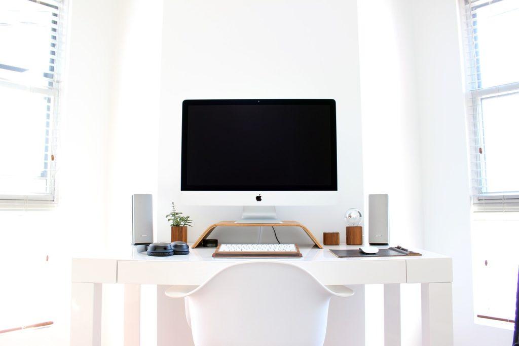 42740278569b61ac59e5086db4187248 1024x682 - 【おしゃれで機能的なパソコン部屋計画】年末年始で買いまくったパソコン周り商品を紹介する