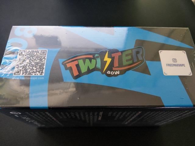IMAG0448 thumb - 【レビュー】カラフルでサイケだから超目立つ。FreeMax Twister 80Wスターターキットレビュー。ツイストスイッチで簡単VW切り替え。