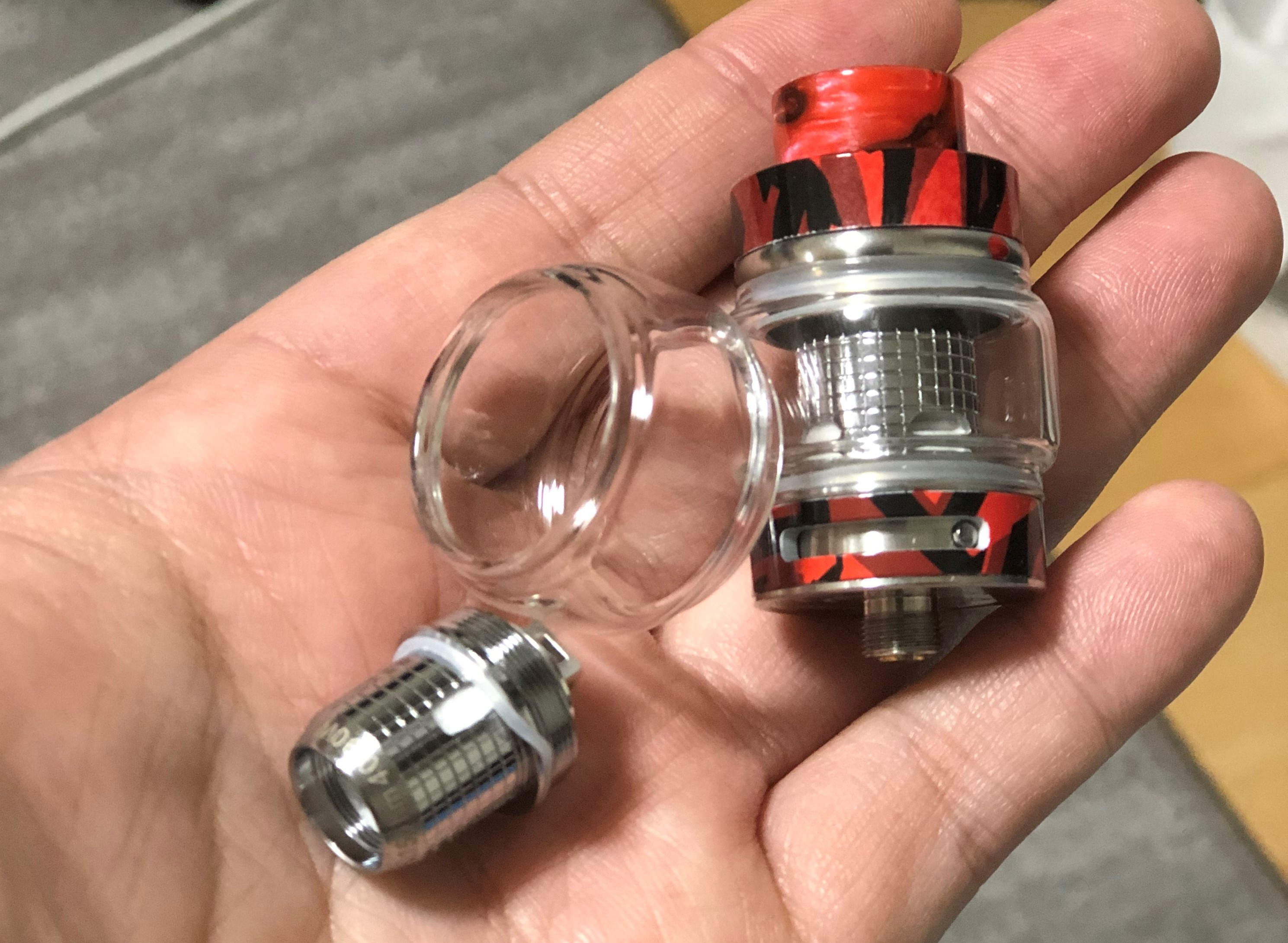 20190210 085609184 iOS - 【レビュー】Freemax社謹製!Twister 80W 爆煙 Starter Kit+タンクセットを吸ってFreemaxの本気モードを感じた