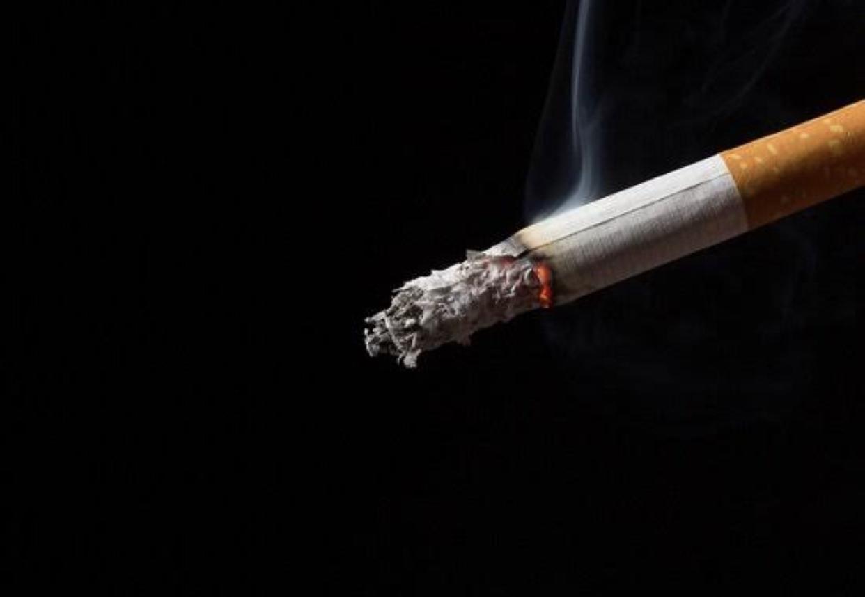 272FC12A 8F66 441F B2A3 B1C099DB11CC - 【思い出】10年以上前にタバコ辞めたんだけどふと自動販売機のタバコの値段見てびっくりしたわ