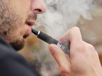 583703451700002600e7c381 thumb 400x300 - 【悲報】電子タバコが顔面で破裂、のどに突き刺さって男性(24)死亡 米テキサス州
