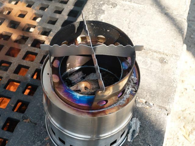 IMAG0866 thumb - 【イベント】One Case主催の「カップラーメンバーベキュー交換」イベントに参加してゾンビ拉麺(ゾンビラーメン)を食べてきた話