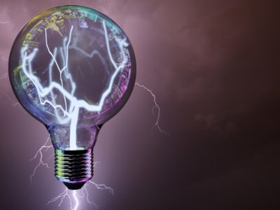 light bulb 3413279 1920 400x300 - 【TIPS】プルームテック初心者は知っておきたい疑問!点滅の理由と対処法は?