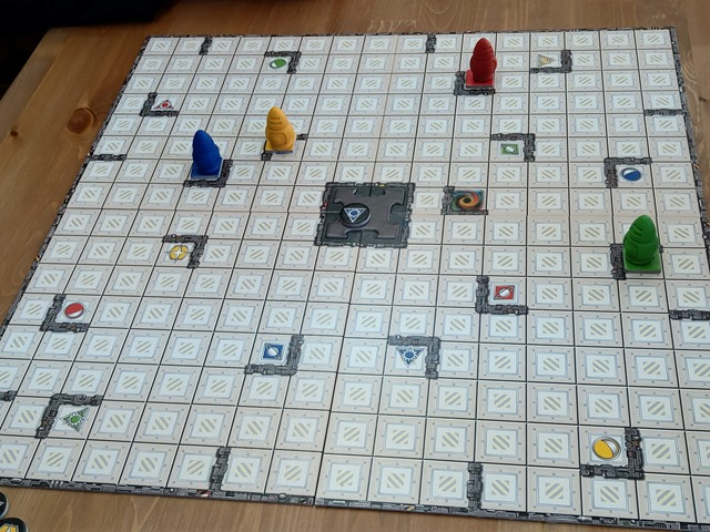 IMAG1108 thumb - 【訪問日記/レビュー】豊田のボードゲームカフェ「Planzone(プランゾーン)」さんでがっつりボドゲプレイ&レビュー。格安で長時間楽しめる聖地。One Caseの皆さんも遊びに来てくれました