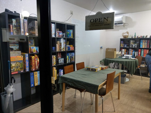 IMAG1146 thumb - 【訪問日記/レビュー】豊田のボードゲームカフェ「Planzone(プランゾーン)」さんでがっつりボドゲプレイ&レビュー。格安で長時間楽しめる聖地。One Caseの皆さんも遊びに来てくれました