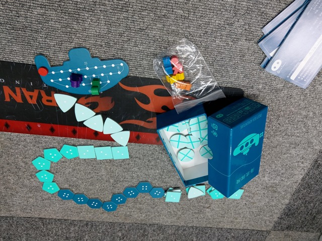 IMAG1450 thumb - 【訪問&レビュー】One Case(ワンケース)で「NOCCA x NOCCA(ノッカノッカ)」「海底探検」「ソクラテスラ」「ドミニオン」たまに行ってやるならこんなボードゲームとVAPE