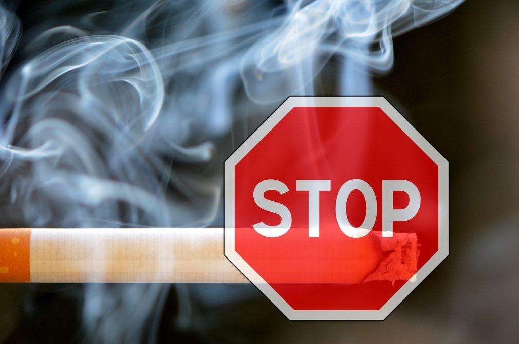 ba05117a827f179fcaa91bf68f50858e 1024x680 - 【ニュース】フランス女性が電子タバコ使用で逮捕、10万バーツ(35万円)で保釈、有罪判決受けタイから強制退去。