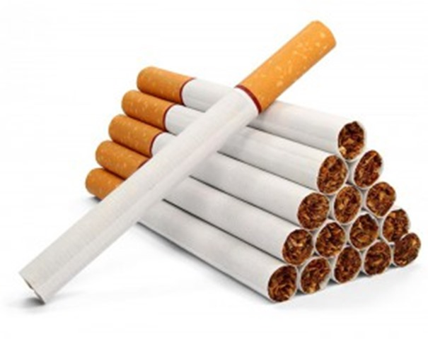 cigarette01 300x238 thumb - 【初心者】初めて着香系のタバコ吸ったんやが【シャグ/手巻きタバコ/ヴェポライザー/タバコ葉】