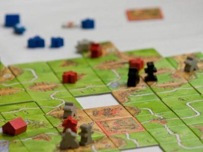 picture 3a2dc9ac 11d9 4ace 9556 6eb1bf6f180b thumb 400x300 - 【ボードゲーム】ネットよりアナログで対面、ボードゲーム人気の秘密を権威が語る 独