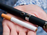 vaping vs smoking thumb 202x150 - 【コスパ】タバコをVAPEに変えたんやがコスパ良すぎてやばいなこれ【VAPEのス〃メ】