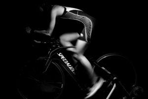 workout 713658 1920 300x200 - 【筋トレ】初心者におすすめ!家でも簡単に筋トレできるフィットネスバイクを紹介!