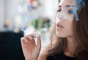 8FB0B0E3 B7A0 4DF9 AF66 52ACE13C2F8A 300x206 - 【国内情報】パチユーザーの約54%が喫煙者、「禁煙になると遊技頻度が落ちる」と答えたユーザーが約3割と判明