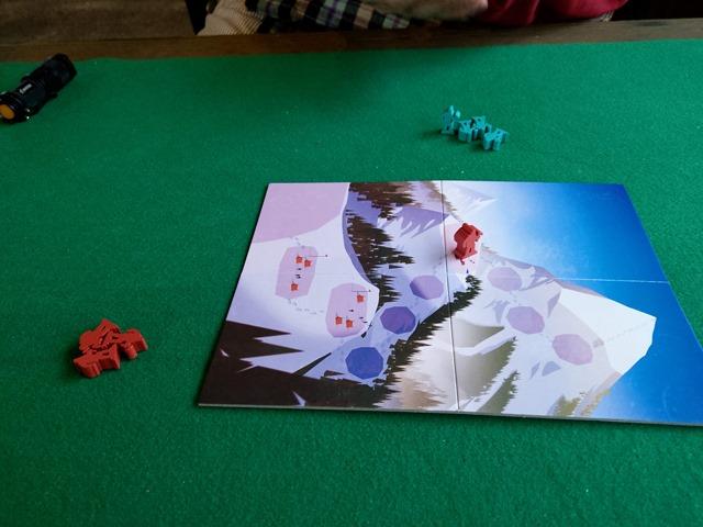 IMAG1785 thumb - 【訪問/レビュー】「レッドドラゴン・イン1」「海底探検」「ペンギンパーティ」「グースカパースカ」「カードオブザデッド」「NOCCA x NOCCA」でにさんとボードゲームの休日@MIF Garageで花見BBQ とタコ上げ。でにドリチリボルバー(Revolver)もあったよ!【カタンの開拓者たち用収納BOXも!】