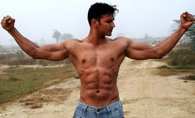 biceps 2945912 1280 1060x639 thumb - 【成果】お前ら「筋トレすればモテる。高学歴になればモテる」俺「わかった!頑張る!!」→結果
