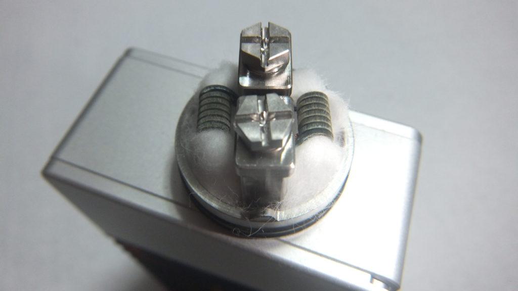 DSCF2301 1024x576 - 【レビュー】AUGVAPEから新しいアトマイザーOCCULA RDAが登場! シングルコイル・デュアルコイルのどちらにも対応するエアフローシステム採用! これも爆煙向けかな?