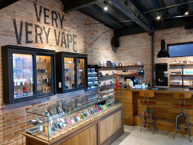 IMAG3980 thumb - 【訪問】VERY VERY VAPE MINAMI HQ(ベリベリベイプ)さんに再度行ってきた with 某ブロガー。お得なスターターキット&リキッド購入テイスティング