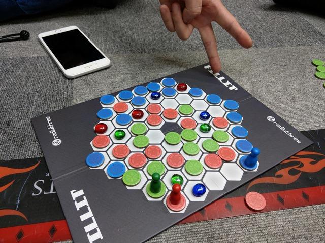 """IMAG4126 thumb - 【訪問】名古屋One Case(ワンケース)ボードゲーム""""Fill it(フィリット)""""3人対戦と激レアMODがアツい夏。【VAPE/ボドゲ/メカニカルMOD】"""