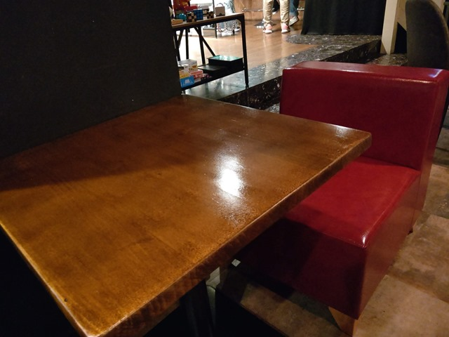 IMAG5477 thumb - 【訪問】シーシャバーオーメン(OMEN Relax Shisha Lounge)に行ってきた!レポート&「凹 BOKO Vol.4 イベント」7月27日土曜開催【とまぼどネームカード/フライヤーも置いてもらったよ】