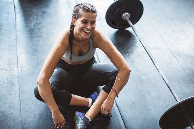 GettyImages woman workout tired svetikd 1 thumb 640x427 - 【筋トレ】減量には筋トレを先にやれ! 筋トレ中心にダイエットまとめ【減量/ダイエット/筋トレ】