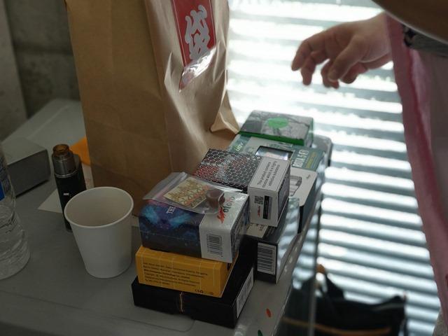 IMAG6350 thumb - 【訪問】VaporLEMON(ベイパーレモン)@愛知県小牧市のリニューアルオープンイベントに行ってきたよ。キレイ&広い店内でくつろぎVAPE&シーシャスペース (予定)【看板娘もお待ちしています/店内喫煙も可能】