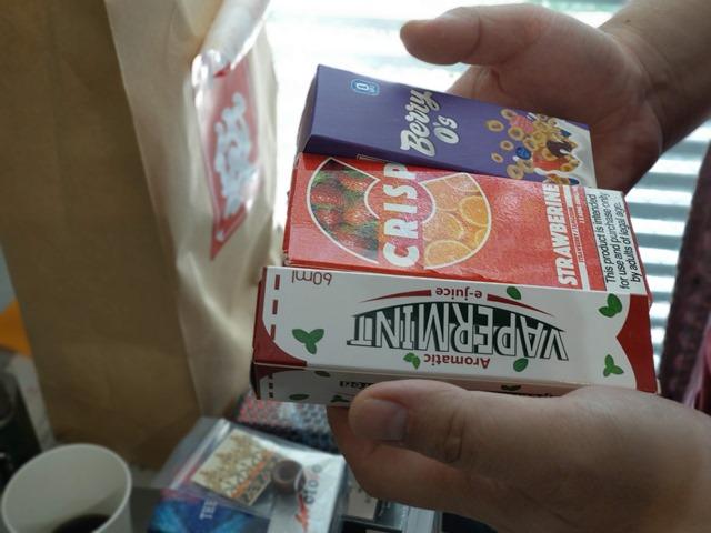 IMAG6352 thumb - 【訪問】VaporLEMON(ベイパーレモン)@愛知県小牧市のリニューアルオープンイベントに行ってきたよ。キレイ&広い店内でくつろぎVAPE&シーシャスペース (予定)【看板娘もお待ちしています/店内喫煙も可能】
