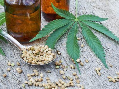 iStock 1015545230 thumb 400x300 - 【まとめ】【大麻由来】CBDリキッドについて語るスレまとめ。最近はやりのCBDリキッドについて【合法】