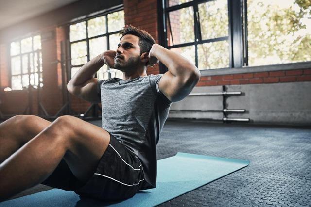 a man who is experiencing masturbation before a workout thumb - 【筋トレ】 堀江貴文「実は俺ジム行ったり筋トレ毎日してる。わざわざ言わないだけ、一度ついた筋肉は裏切らない」