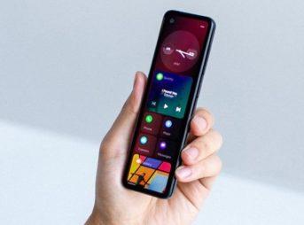 gem 750x563 thumb 343x254 - 【スマホ】Androidの父、とても細長いスマホ「GEM」を披露 「根本的に異なるフォームファクタ」