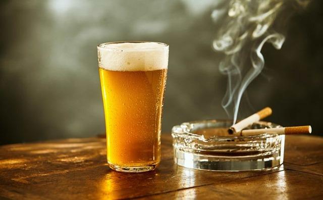 7793 00013 1 thumb - 【まとめ】酒とタバコ辞めるとしたらどっち辞めたほうがいい?